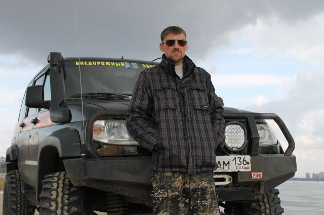 Алексей Вебер сделал из своего УАЗа настоящий вездеход.