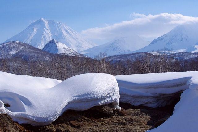 Камчатские спасатели эвакуировали туристов с Авачинского вулкана
