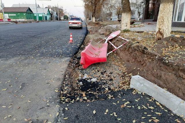 На ремонт тротуаров на двух участках улиц в Оренбурге потратят 60 млн рублей.