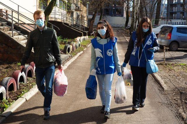 За год добровольцы волонтёрского центра помогли тысячам жителей.