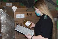 Сейчас контроль прошло 1,7 тонн мёда, но за год общая цифра составит 3,3 тонны.