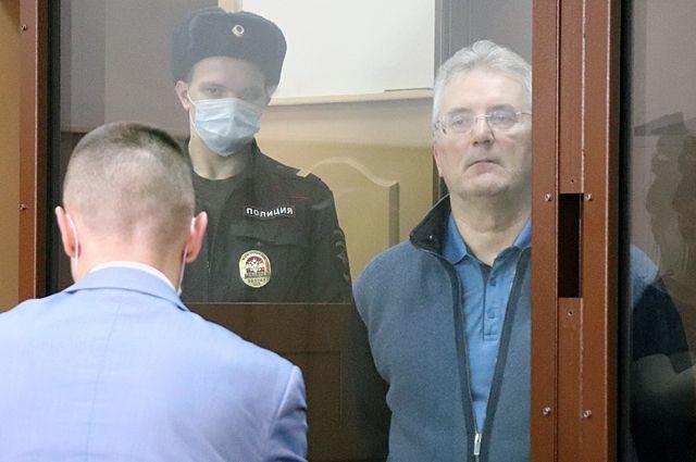Иван Белозерцев назаседании Басманного суда Москвы, где рассматривается ходатайство следствия обизбрании ему меры пресечения.