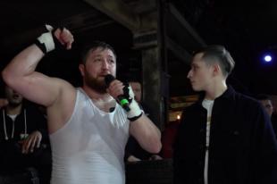 До того, как уйти на тренерскую работу, Хадзиев завоевал немало громких титулов на бойцовской площадке