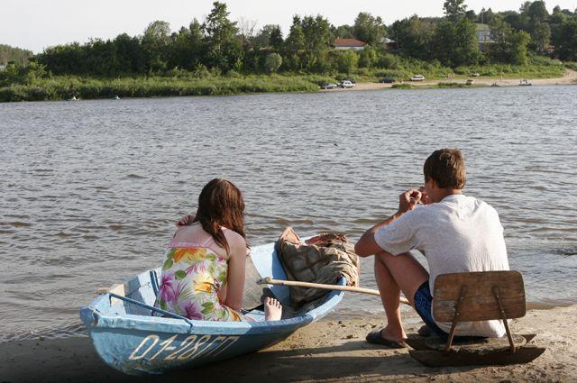 Люди могут помочь реке, минимизировав на неё своё давление. Но мы привыкли агрессивно приспосабливать реки для себя.