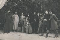 Группа организаторов строительства Народного дома после концерта Ф. И. Шаляпина. 1903 г.