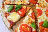 Итальянская кухня: рецепт пиццы «Маргарита»