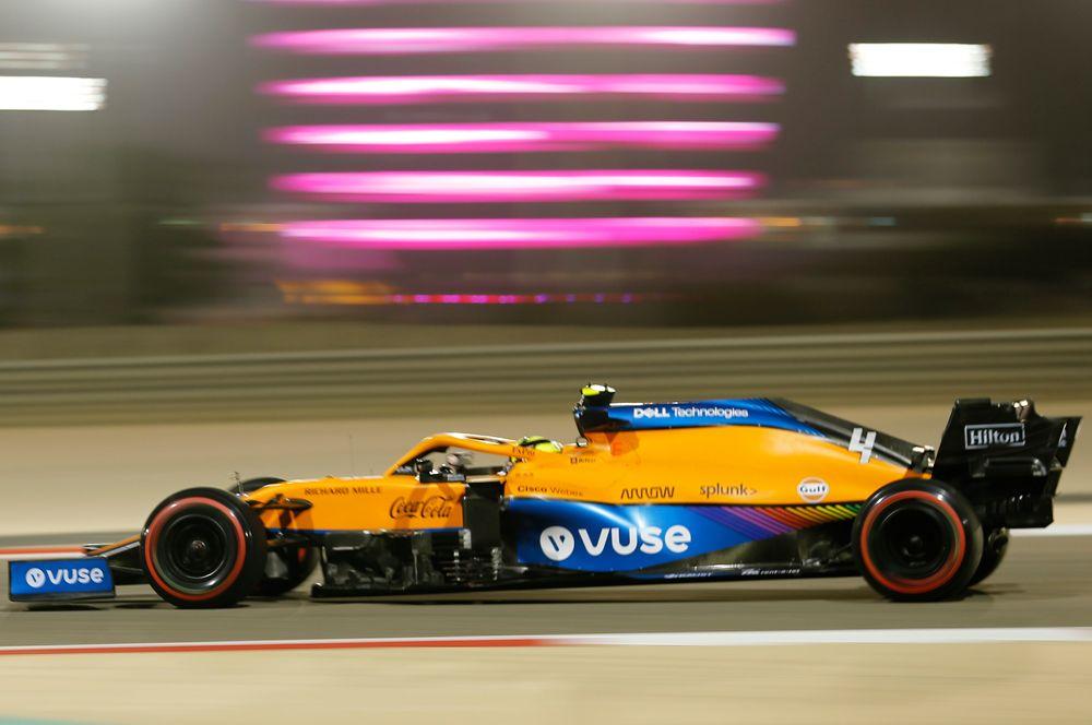 «Макларен» MCL35M. Пилоты: Даниэль Риккардо (Австралия), Ландо Норрис (Великобритания). Команда зазиму стала сильнее вплане машины, так что появились шансы даже наместо впризерах Кубка конструкторов. Новыиграть титул пилотам «Макларена» будет тяжело.