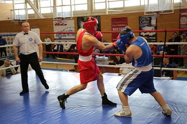 Наталья Комарова заявила о готовности округа к проведению всероссийского боксерского форума в 2023 году и чемпионата России по боксу среди мужчин в 2024 году