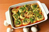 Постные картофельные рулетики с грибами: рецепт вкусного блюда.