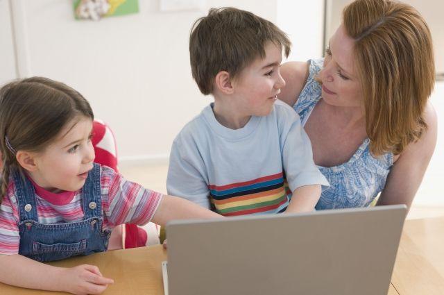 В России смягчили требования для получения детских пособий
