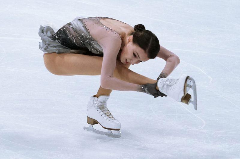 Анна Щербакова взяла золотую медаль вженском одиночном катании, фактически неоставив соперницам шансов. Для 17-летней фигуристки это был дебютный чемпионат мира— исразу первое место.