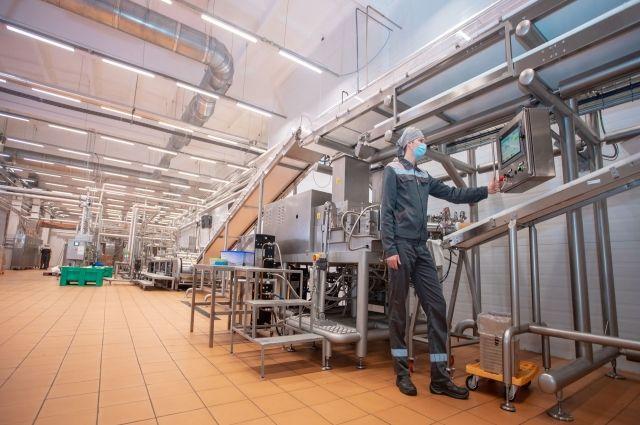 На дефицит персонала в Закамье жалуются и химики, и машиностроители, и представители пищевой промышленности.