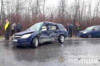В Черновицкой области столкнулись два автомобиля: есть жертвы.