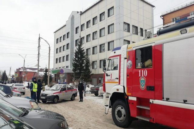Ранее в Барнауле «заминировали» судебных приставов.