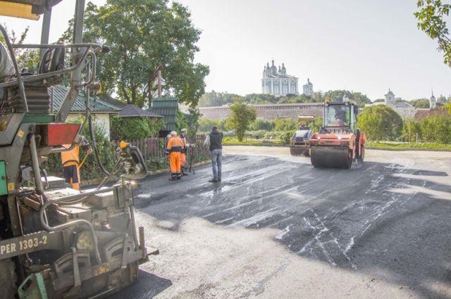 В рамках нацпроекта приведут в нормативное состояние более 240 км дорог Смоленщины.