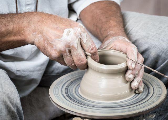 В Студии «Чудесный мастер» можно будет узнать секреты работы с природной глиной