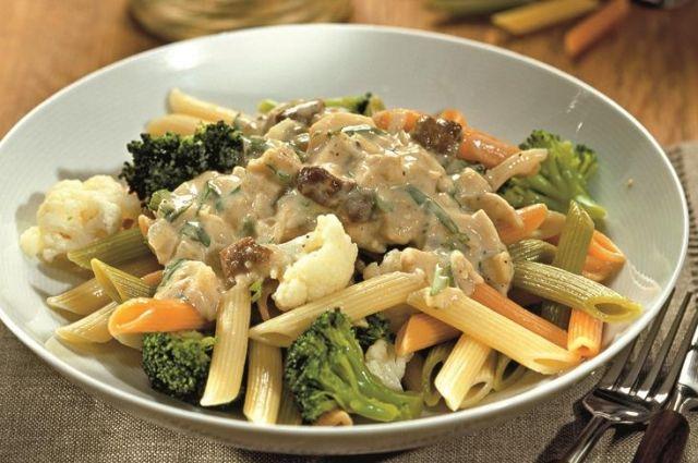 Паста с цветной капустой, брокколи и грибным соусом: рецепт нежного блюда