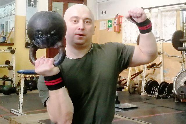 Рогачёв защитил звание мастера спорта международного класса.