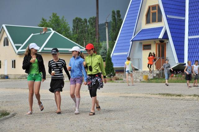 Детские лагеря в Челябинской области откроют 26 мая