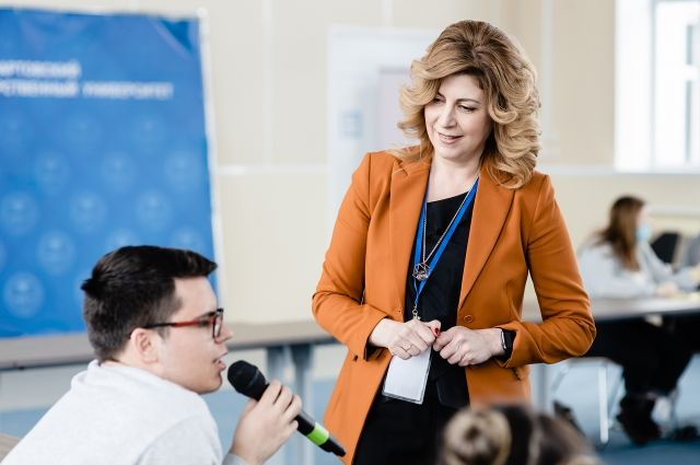 Под руководством приглашенных спикеров участники узнали, как создавать социальные проекты