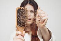 Специалисты обнаружили связь между стрессом и выпадением волос
