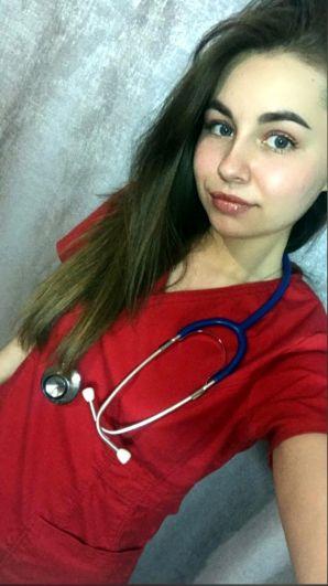 Ангелина Пивоварова.