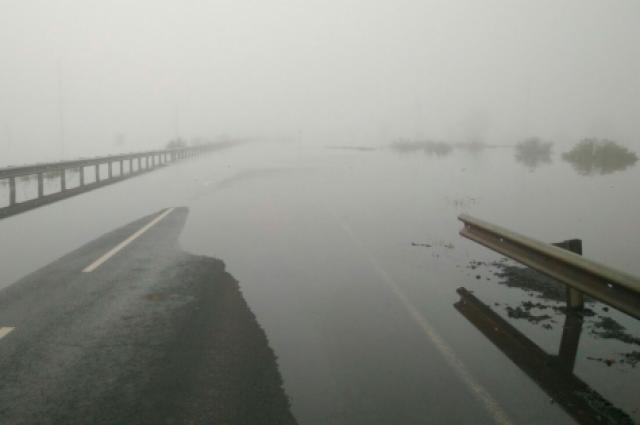 В Оренбуржье перекрыты две автодороги.