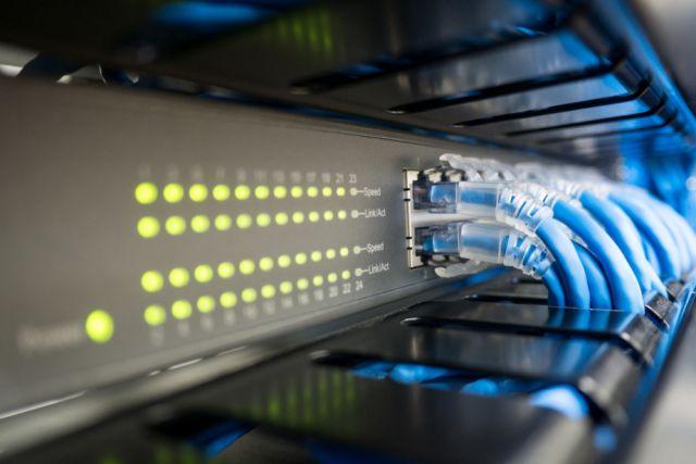 В семи поселках ХМАО проведут скоростной интернет