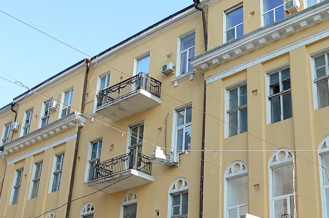 Жилой дом на Ворошиловском проспекте в Ростове снова обследуют