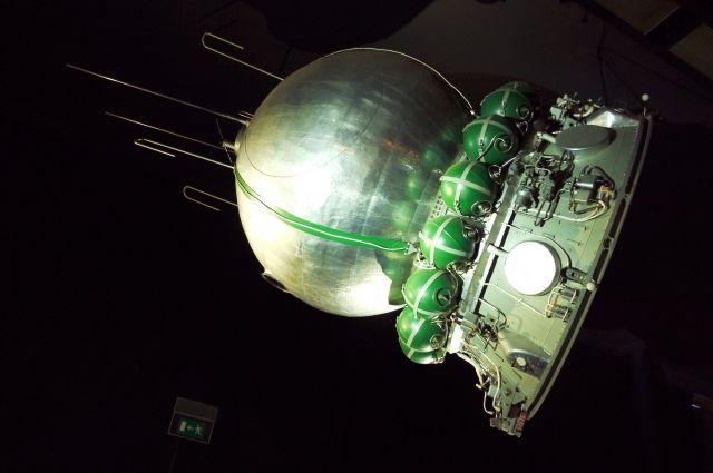 Макет космического корабля «Восток-1» в парижском музее авиации и космонавтики.