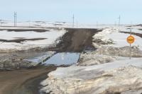 В Оренбуржье движение транспорта ограничено по трем мостам и по трем дорогам из-за перелива талых вод через проезжую часть.