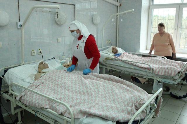 Пациентам палаты № 303 нужен постоянный уход.