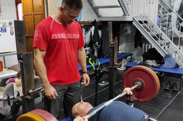 На базе организаций открываются физкультурно-спортивные общества.