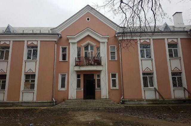 Возможно, вместо ночлежки в общежитии на улице Труда появится детский центр. Фото автора