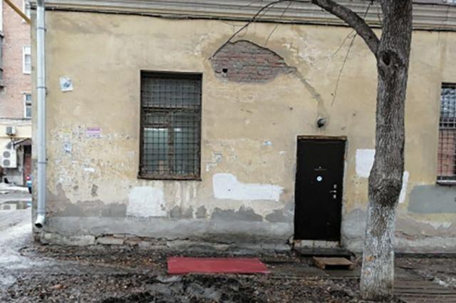 В Самаре завели уголовное дело по ампутации кисти мужчины упавшей кровлей
