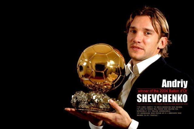 В конце 2004-го Шева появился на обложке журнала Франс футбол с призом лучшему игроку года в Европе.