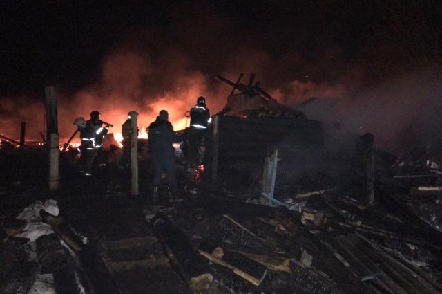 На пожаре в Глазовском районе Удмуртии погибли четыре человека