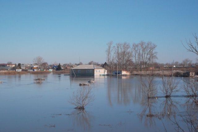 В Оренбуржье из-за паводка для движения закрыты уже 11 низководных мостов.