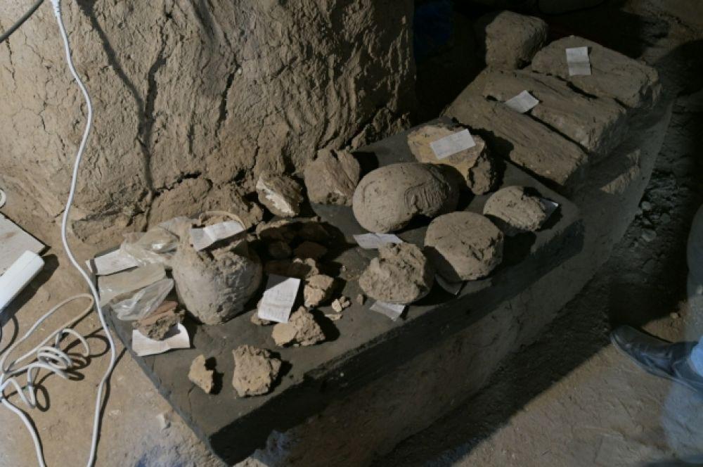 Руководитель экспедиции, археолог и историк Захи Хавасс говорит, что город был найден во время поисков погребального храма Тутанхамона.