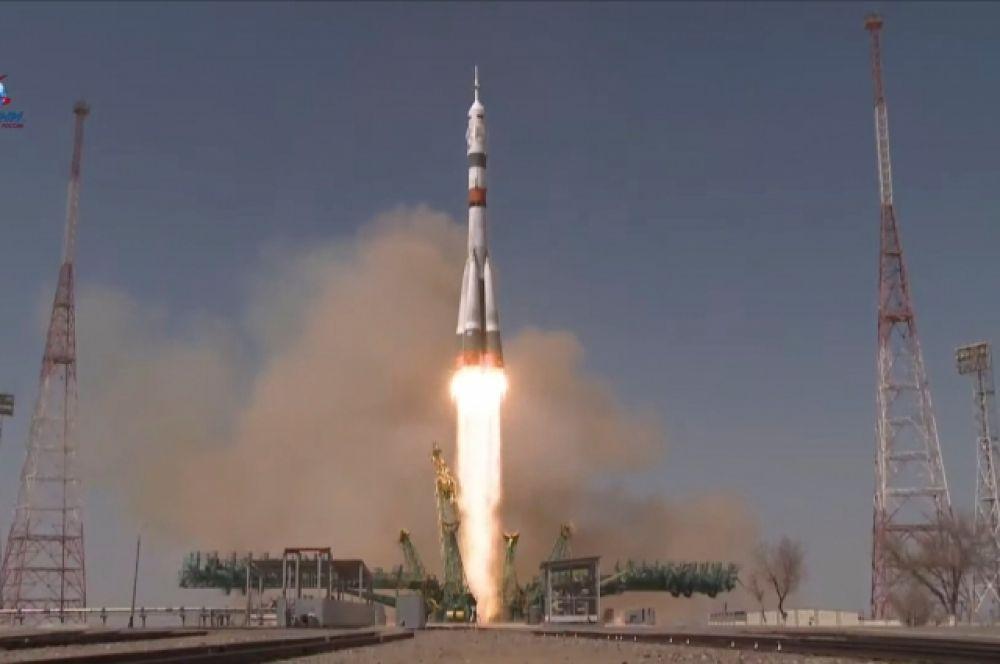 Запуск пилотируемого корабля «Союз МС-18»