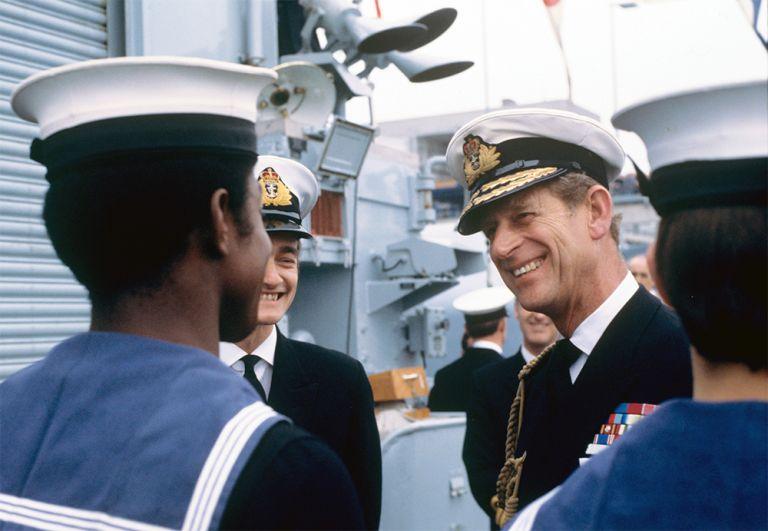 Принц Филипп посещает немецкий эсминец «Гессен» в Бремерхафене 23 мая 1978 г.