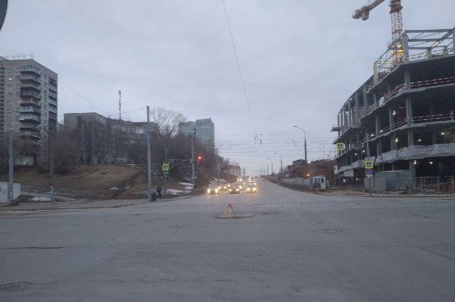 Улицу Попова будут реконструировать до осени.