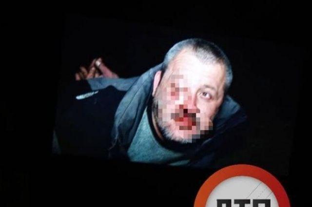 В Киеве прохожие задержали мужчину, который изнасиловал несовершеннолетнюю.