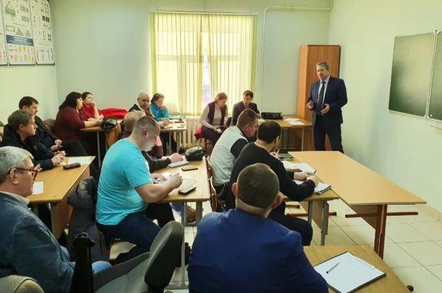 Главная задача форума — создание обучающей, коммуникативной площадки для повышения правовой, финансовой, управленческой грамотности руководителей СОТ, ДНТ, ТСН