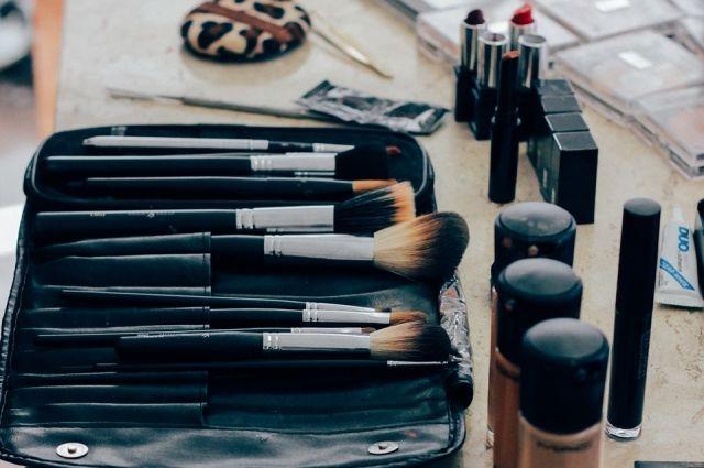 Компания предпринимателя делает косметику «Тайганика», производит ее за рубеж, в такие страны, как Великобритания, Швеция, США, Испания