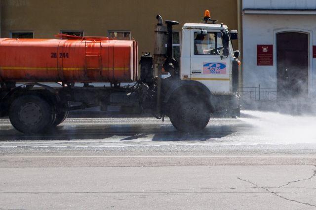 Пока уборка идёт только в центре города.