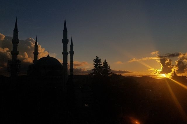 Месяц Рамазан продлится 30 дней.