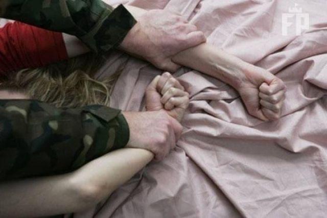 В Запорожье военный изнасиловал на улице женщину