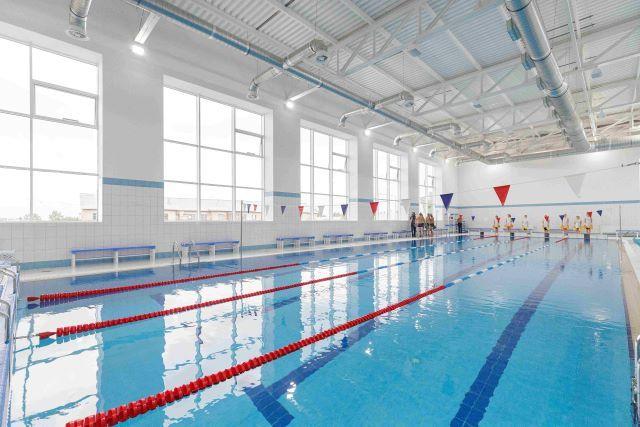 Спорткомплекс с бассейном в Варне.