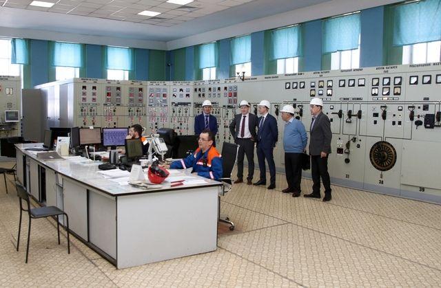 Гости башкирских энергетиков во время посещения Уфимской ТЭЦ-3
